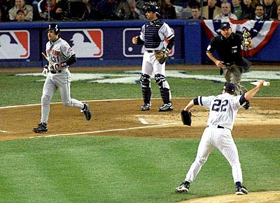 Clemens Throws Bat at Piazza